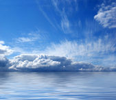 Beautiful view of sky and sea — Stock Photo