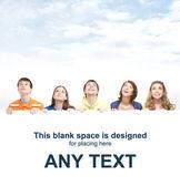 Grupo de adolescentes con un cartel gigante, blanco, blanco — Foto de Stock