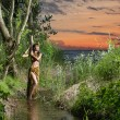 Young, beautyful and sexy savage girl in jungle — Stock fotografie