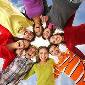 Tieners geïsoleerd op wit — Stockfoto