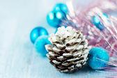 圣诞装饰带锥 — 图库照片
