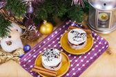 Luxusní dezert s vánoční výzdobou — Stock fotografie