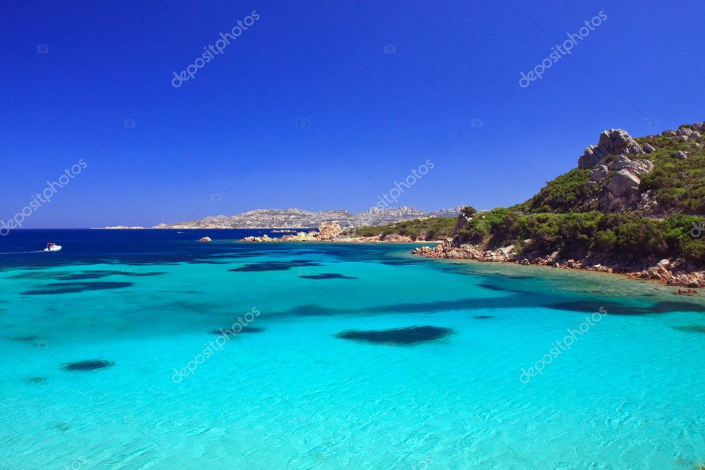 La Maddalena island in the north — Stock Photo #13882143