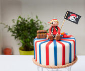 Children's cake pirate — Stock Photo