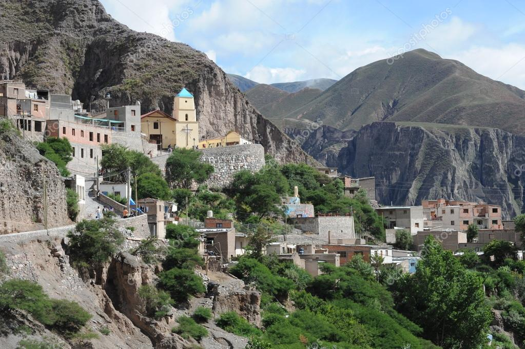 Indigenous village of Iruya on argentina andes — Stock ...