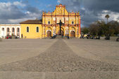 Cathedral of San Cristobal de las Casas on Chiapas — Stock Photo