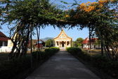 Templo budista en laos champasak — Foto de Stock