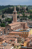 The church ot St Anastasia at Verona on Italy — Stock Photo