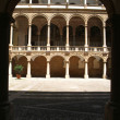 Sight of the internal courtyard The Normans'l Palace in Palermo, Sicily. - 图库照片