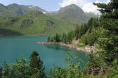 Majestic mountain lake of Ritom in Switss alps — Stock Photo
