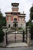 Italian villa at Stresa on lake maggiore — Stock Photo