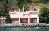 House on lake Atitlan — Stockfoto