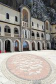 Ostrog monastery near Danilovgrad — Stock Photo