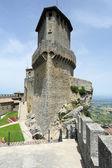 Tourists visiting La Rocca fortless on Borgo Maggiore, San Marin — Stock Photo