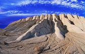 Crêtes des montagnes paysage blanc — Photo