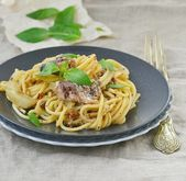 Spaghetti with sardine sauce  — Stock Photo