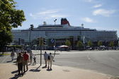 The cruise ship Queen Elizabeth is visiting Kiel at 07 24 12 — Stock Photo