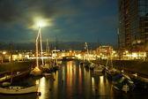 Kiel illuminated skyline at dawn — Stock fotografie