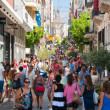 Shopping on Ermou Street in Athens, Greece. — Stock Photo #31885787