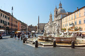 ROME-AUGUST 8: Piazza Navona on August 8, 2013 in Rome. Piazza Navona is a city square in Rome, Italy. — Stock Photo