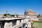 ROME-AUGUST 8: Castle of the Holy Angel on August 8,2013 in Rome, Italy. Castel Sant'Angelo is a towering cylindrical building in Parco Adriano, Rome, Italy. — Stok fotoğraf