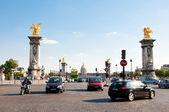 Paříž srpen 15: pont alexandre iii na 15 srpen, 2009 v paříži, francie. — Stock fotografie