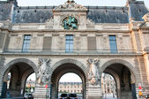 PARIS-AUGUST 15: The Louvre Museum on August 15,2013 in Paris. France. — Stock Photo