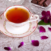 Tea with flowers — Stock Photo