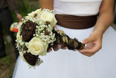 Beautiful bridal bouquet of flowers — Stock Photo