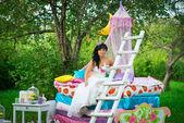 Sessão de fotos de casamento no verão de natureza — Fotografia Stock