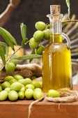 Olive e olio — Stock Photo