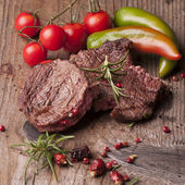 Succulent fillet steak and roast vegetables — Stock Photo