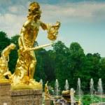 Statue of Perseus, Petergof, Saint Petersburg, Russia — Stock Photo #51193735