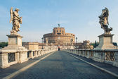 Castel Santangelo fortress and bridge view in Rome, Italy. — 图库照片