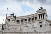 Vittorio Emanuele II Monument or Altar of the Fatherland in Roma — Stock Photo