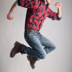 Young man jumping — Stock Photo