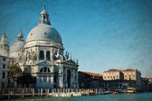 The Basilica Santa Maria della Salute, daytime. Grand canal. Venice, Italy. Vintage paper background — Stock Photo
