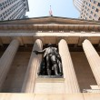 George Washington statue at Wall Street, New york City - Stock Photo