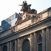 Grand Central Station building along 42nd Street, New York City — Stock Photo