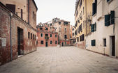 Typical square of Venice, Italy. — Stock Photo