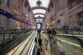 MILAN, ITALY - MARCH 23: Central railway station on March 23, 2013 in Milan, Italy. — Stock Photo