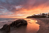 Crescent Bay Sunset with Fire Red Sky — Stock Photo
