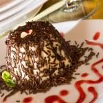 "Italian Dessert called ""panna Cotta"" with chocolate and strawber — Stock Photo #50655937"