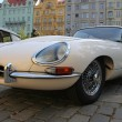 Jaguar E-type, classic sports car — Stock Photo #14091841