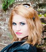 śliczna nastolatka — Zdjęcie stockowe