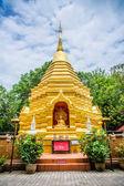 Guld tempel i chiang mai — Stockfoto