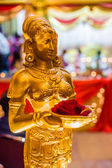 Gold Statue Decoration at Indian Wedding — Stock Photo