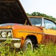 Rusty muscle car — Stock Photo
