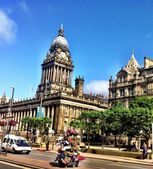 Leeds town hall, a good example of Victorian architecture during the industrial revolution in northern England — Stock Photo