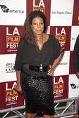 Lorraine toussaint arriveert op de los angeles film festival première — Stockfoto